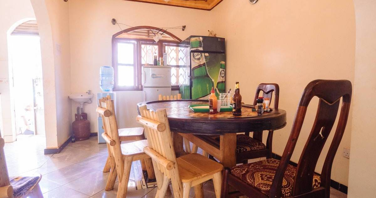 cheap hostels in Kampala